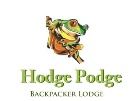 Hodge Podge Lodge Camping and Backpackers - We are in the Magaliesburg mountains. we can accommodate 100 to 120 people. We have wooden cabins that sleep 6 in a cabin. We can do catering. bunk beds and single beds are in the cabins. The beautiful grass around the pool with a huge lapa.